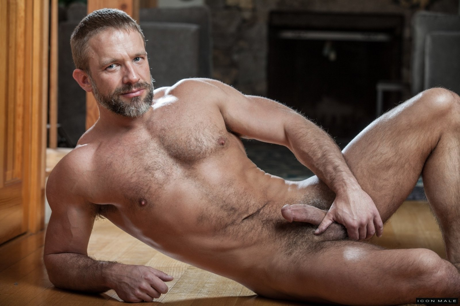Dirk Caber Free Gay Porn