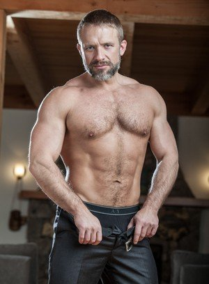 Muscle man Colton Grey,Dirk Caber,