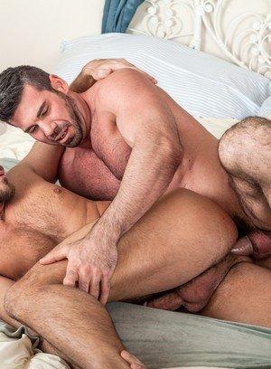 Cute Gay Billy Santoro,Jessie Colter,