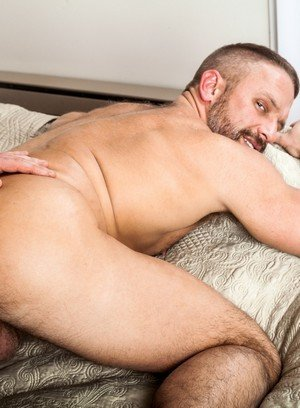 Muscle man Connor Maguire,Dirk Caber,