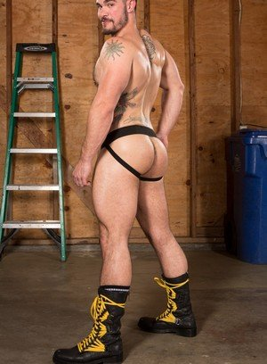 Sexy Guy Aarin Asker,Jr Bronson,