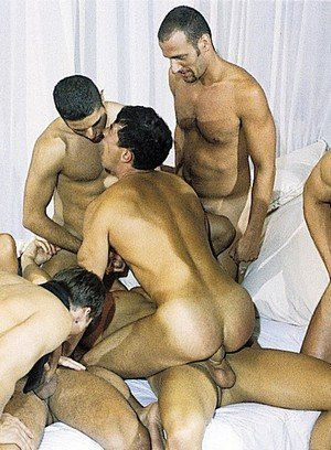 Handsome Guy Vince Bandero,Jens Hammer,Thom Barron,Chris Rock,David Pierre,