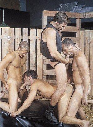 Cocky Boy Ross Vincent,Lorenzo Donado,Chris Rock,Thom Barron,