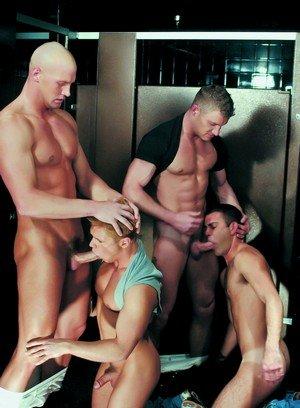 Muscle man Trent Atkins,Ken Houser,Tommy Brandt,Danny Vox,Maxx Diesel,