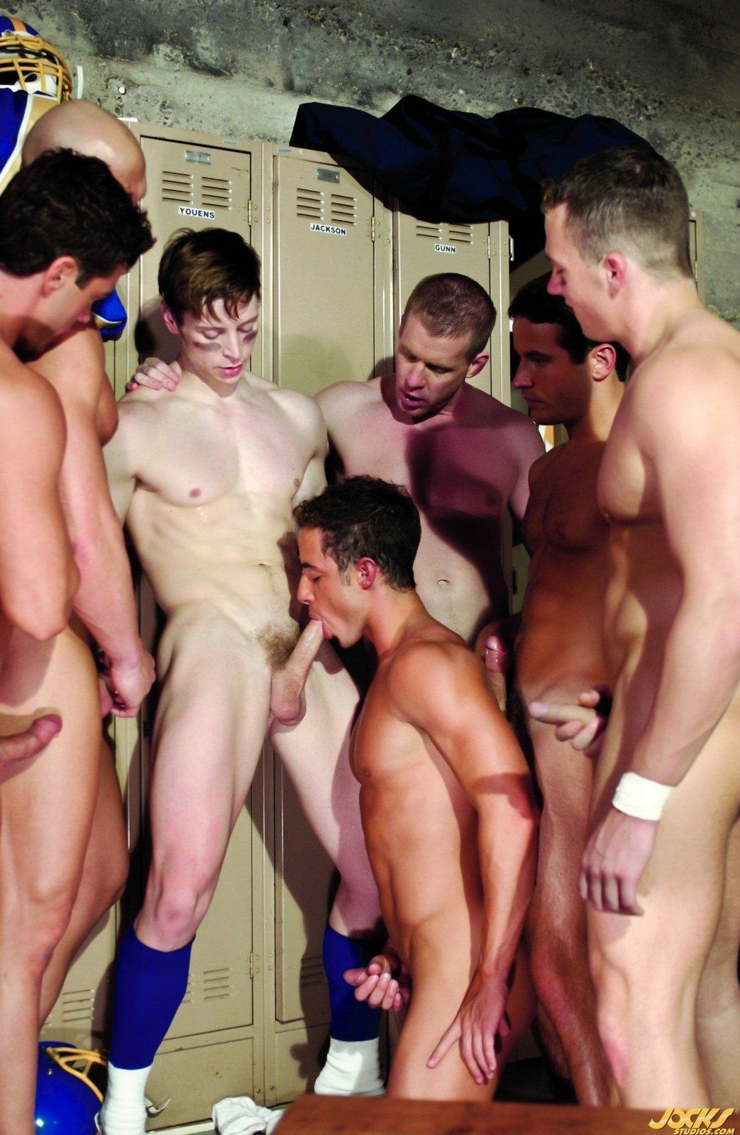 frat-boys-locker-room-pics-anal-martha-stewart-ass