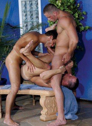 Muscle man Mark Dalton,Erik Rhodes,Jason Ridge,Drew Sumrok,