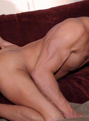 Good Looking Guy Erik Rhodes,Derrick Vinyard,