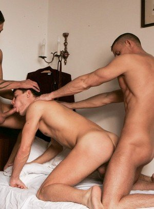 Wild Gay Irving Hunter,Gamal Simon,Garcia Udulo,
