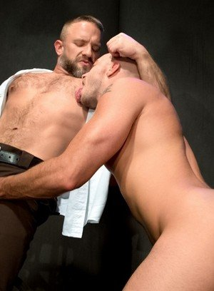 Cock Hungry Dude Dirk Caber,Jessie Colter,