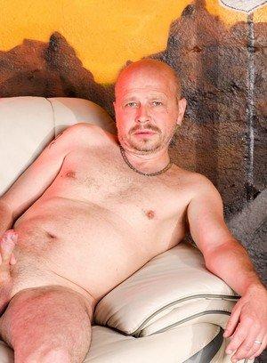 Sexy Dude Mirek,Mathew Ross,