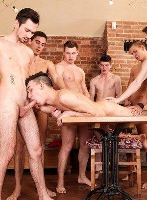 Hot Boy Tony,Greg,Oscar Hart,Armando,Harry,