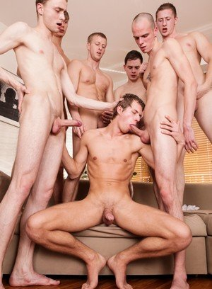 Hot Boy Timoti,David Herman,Denis Reed,Pehy,Luke,