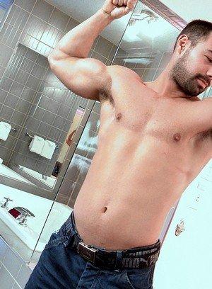 Sexy Dude Alexandre,