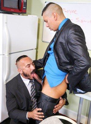Muscle man Alessio Romero,Benjamin Bronx,