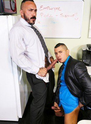 Handsome Guy Alessio Romero,Benjamin Bronx,