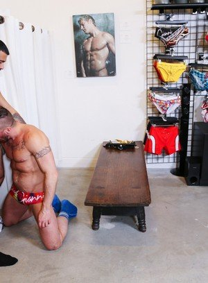 Seductive Man Hugh Hunter,Rikk York,