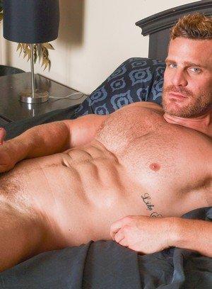 Muscle man Bryce Evans,Landon Conrad,