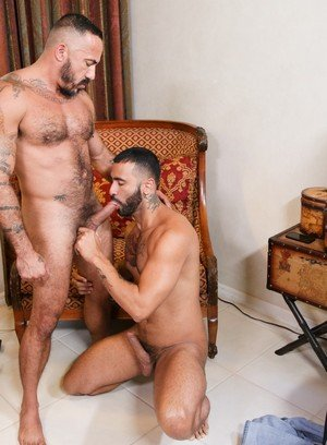 Sexy and confident Alessio Romero,Rikk York,