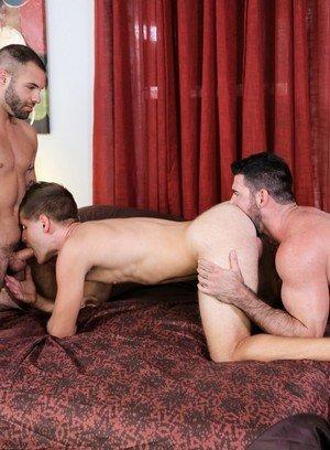 Hot Boy Billy Santoro,Braxton Smith,Peter Fields,