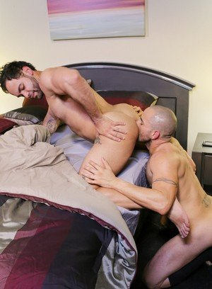 Handsome Guy Alejandro Fusco,Alex Torres,