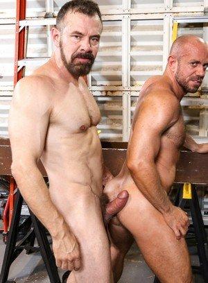 Good Looking Guy Max Sargent,Matt Stevens,