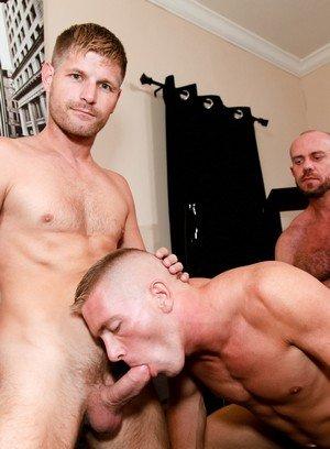Muscle man Matt Stevens,Peter Fields,Scott Riley,