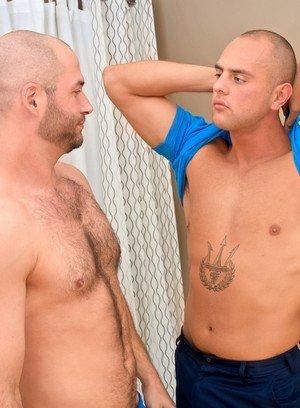 Sexy Dude Enzo Rod,David Chase,