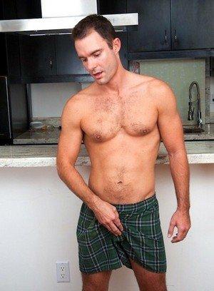 Hot Guy Cameron Kincade,
