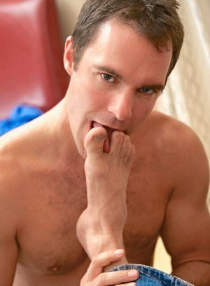 Big Dicked Gay Matt Stevens,Cameron Kincade,