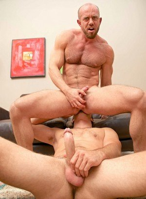 Seductive Man Matt Stevens,Cameron Kincade,