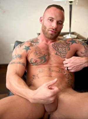 Handsome Guy Derek Parker,