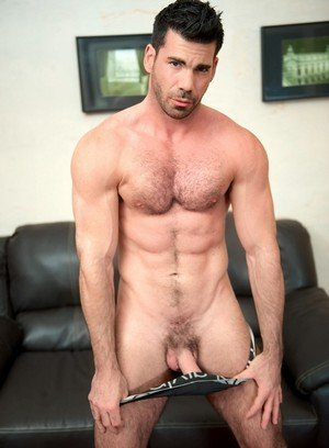 Big Dicked Gay Billy Santoro,