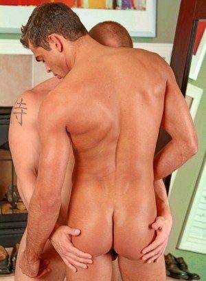 Seductive Man James Huntsman,Luke Milan,