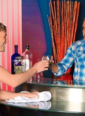 Hot Gay Brandon Lewis,