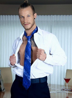 Muscle man Jaxon Colt,Owen Michaels,