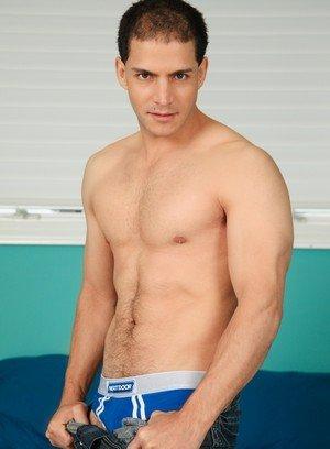 Sexy Dude Juan Lopez,Markie More,