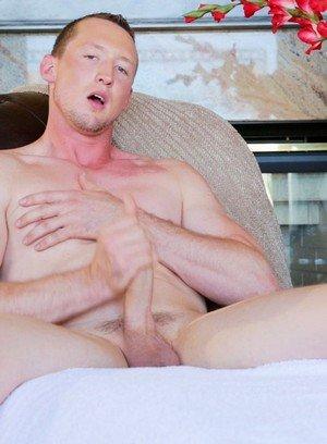 Hunky Gay Leo Winston,
