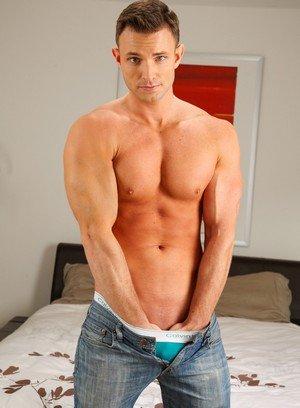 Big Dicked Gay Dallas Bleu,