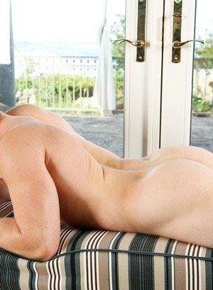 Hot Boy Wes James,