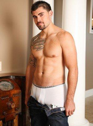 Muscle man Leo Cavalli,