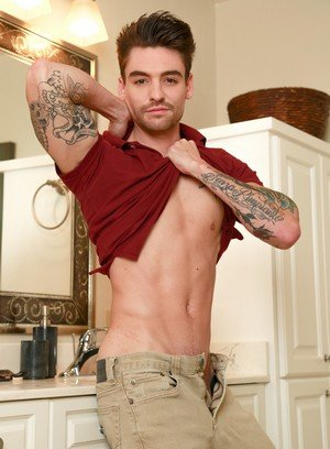 Hot Guy Johnny Riley,Johnny Torque,