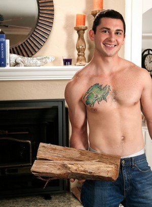 Hot Guy Johnny Riley,Mark Long,