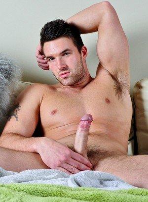 Hunky Gay Trystan Bull,