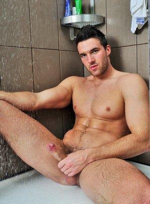 Sexy Guy Trystan Bull,