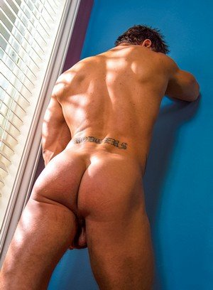 Big Dicked Gay Rod Daily,