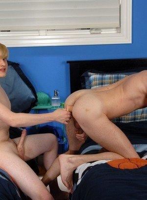 Horny Gay Philip Ryan,Leon Styles,
