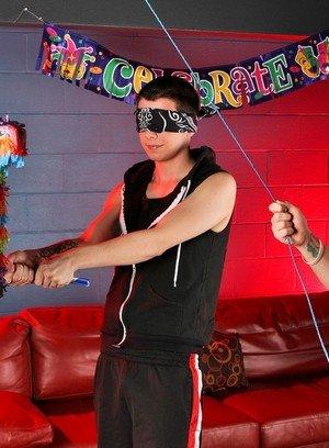Hot Gay Blake Carnage,