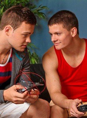Hot Gay Joey Hard,Tyler Sweet,