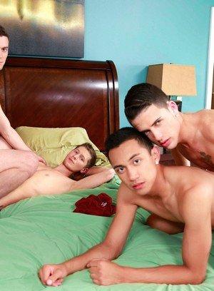 Cocky Boy Zander Williams,Scott Bridgeton,