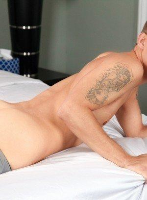 Sexy Dude Trent Ferris,Sam Truitt,